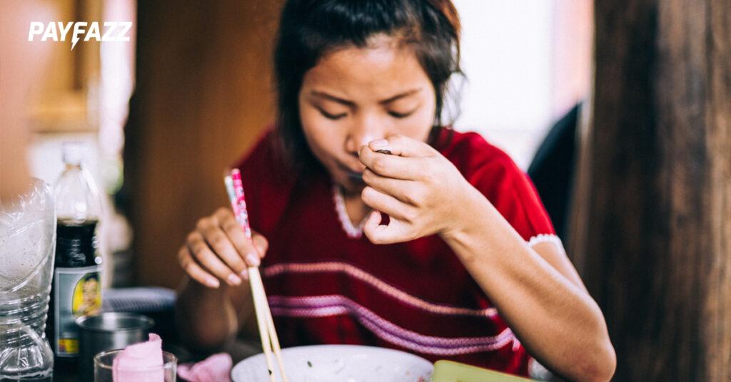 1. Tidak Menjaga Pola Makan