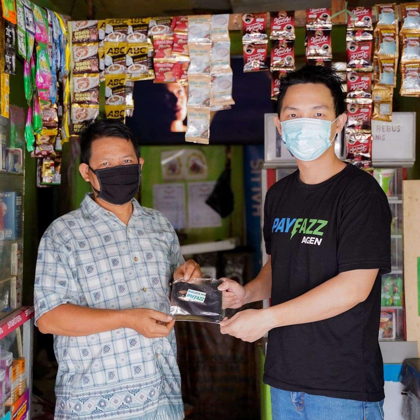 Cegah Penyebaran COVID-19, PAYFAZZ Bagikan 10.000 Masker Gratis untuk Agen