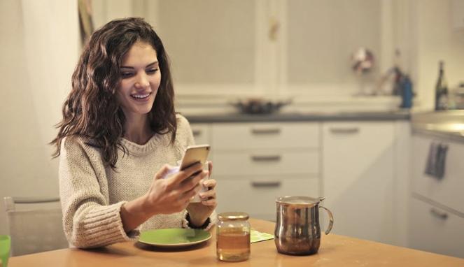 Peluang Bisnis yang Bisa Dilakukan dengan Modal Smartphone ...